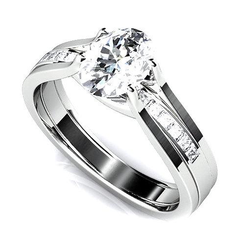 Oval Cut Diamond Engagement ring