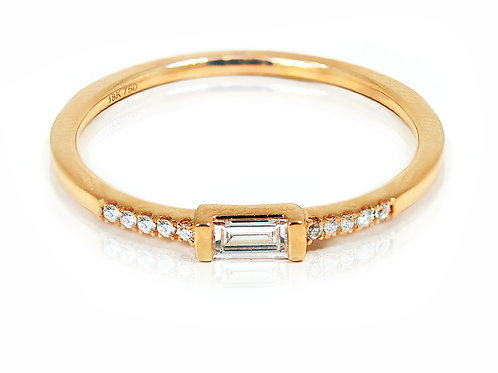 18ct Rose gold baguette cut diamond stackable band
