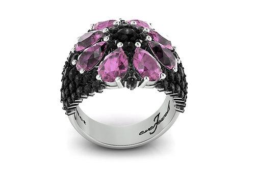 18ct White gold purple amethyst black diamond ring