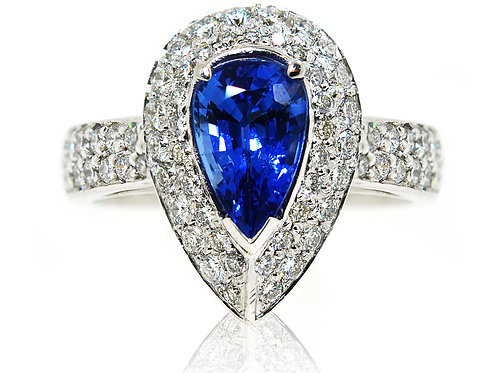 18ct White gold pear shape sapphire ring with halo diamonds