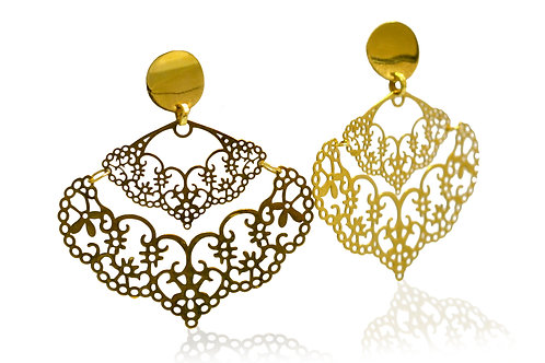 yellow gold filigree drop earrings