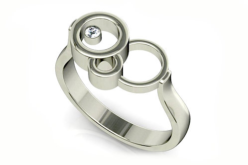 18ct White Gold Ring with three circles