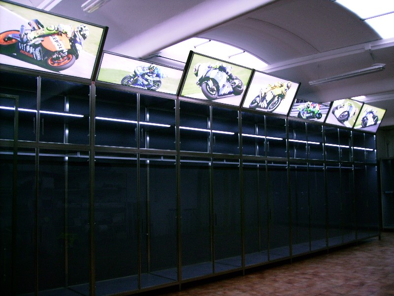 SHOWROOM VALENTINO ROSSI-1