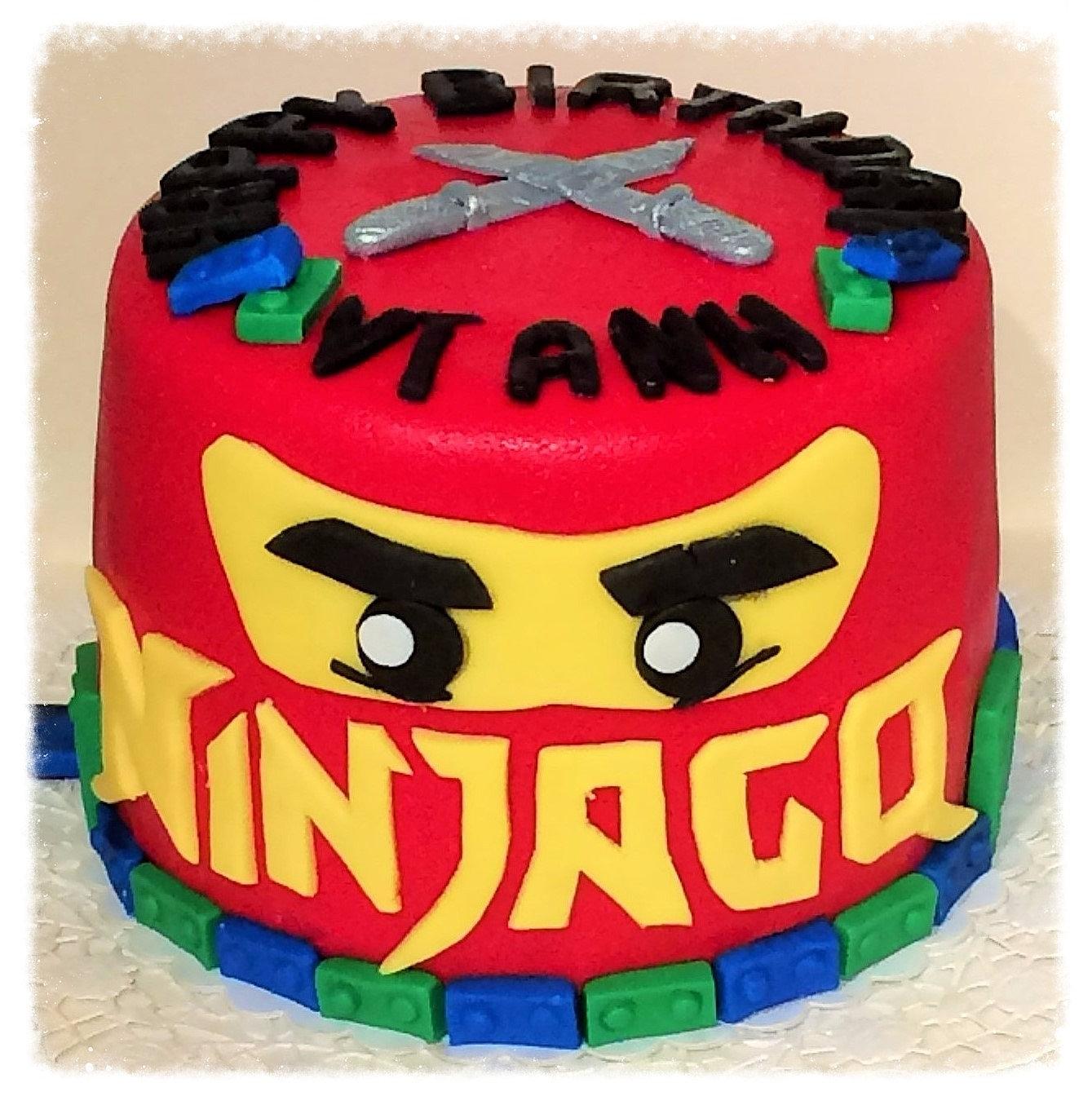 Papaviolas ninjago torte for Decorazioni torte ninjago