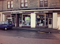 Tom-a-Mhoid Road Shop
