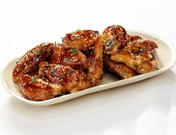 chicken wings platter.jpeg