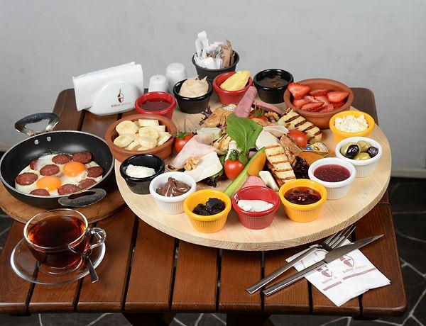 Mediter-Breakfast.jpg