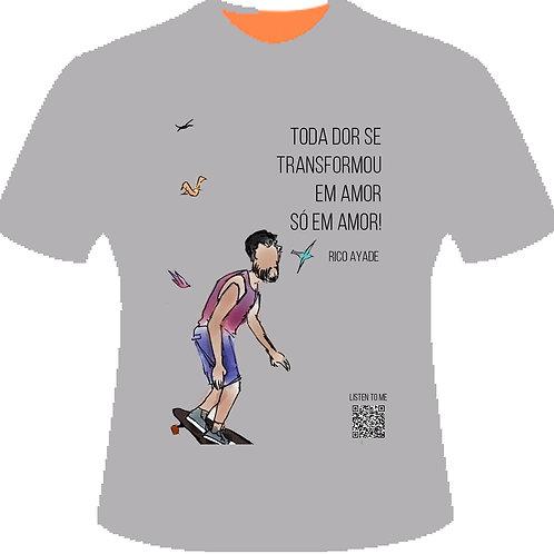 Camiseta SÓ EM AMOR