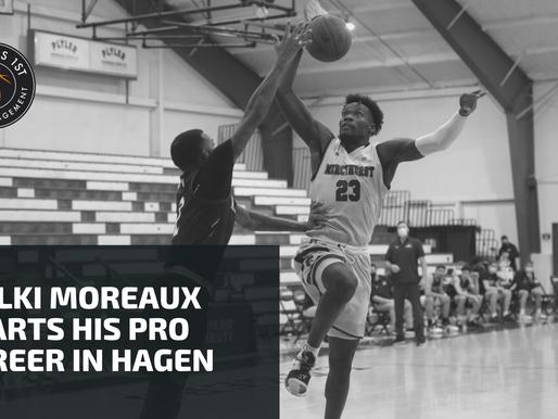 Melkisedek Moreaux signs with Phoenix Hagen