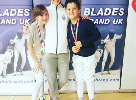 Knightsbridge Fencing Club wins 5 medals at Elite Epee Junior Series: Moulton College, Northants