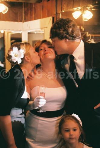 tabitha-and-nate-feronas-wedding-025jp