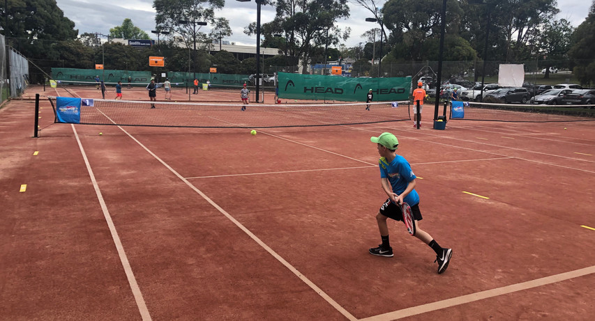 Hot Shots Green Stage Backhand