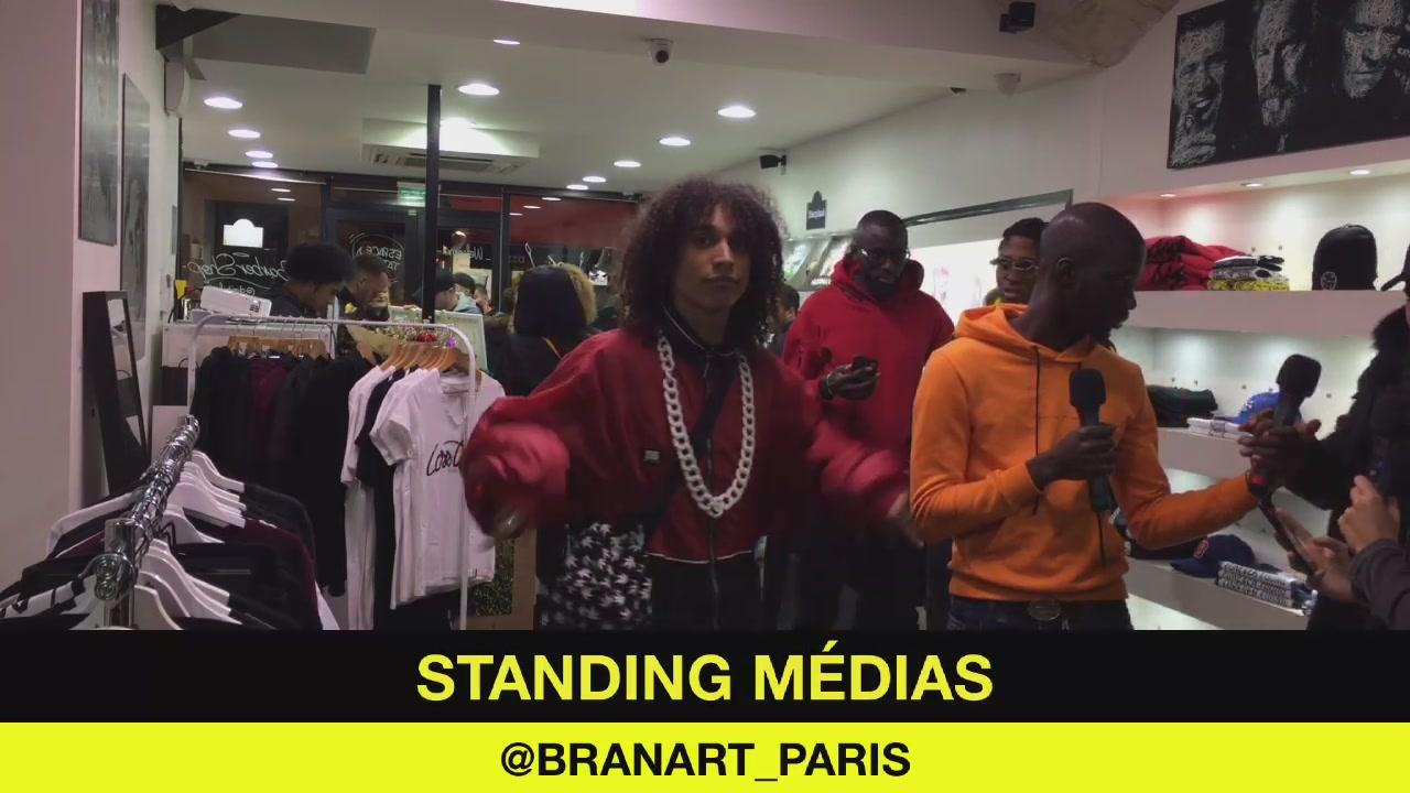 Standing médias