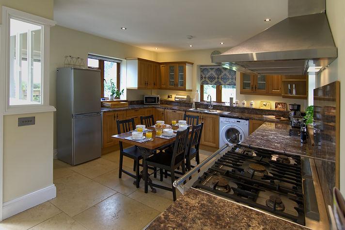 EL8 - Kitchen.jpg