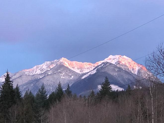 Mt McQuire @ Sunset.jpg