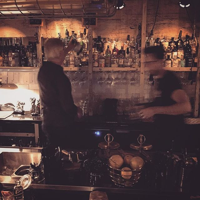 berlin bar 5611 fab040