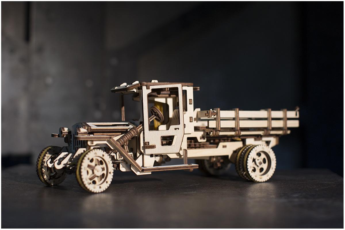 Model Truck UGM 11 3