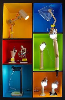 HANDS_LAMP_low.jpg
