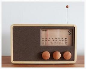 Wooden Radio (L)