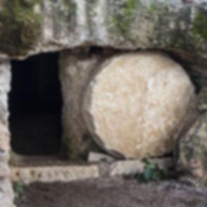 empty-tomb-3326100_960_720.jpg