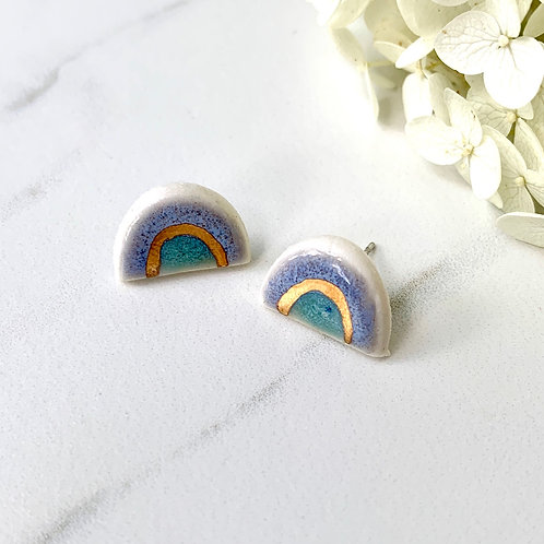 Blue, green and gold arch studs