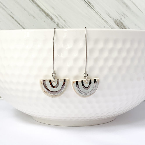 White and white gold arches in silver