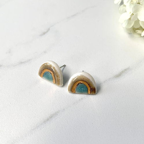 Earth tone arch studs with gold