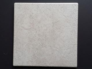 Piastrelle in gres porcellanato tipo pave' grigio