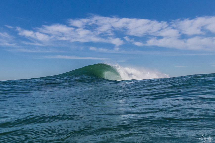 Alone Wave
