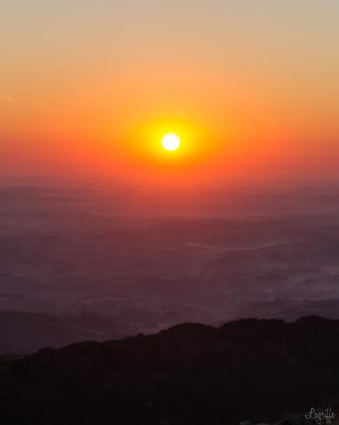Sunrise La Rhune.jpg