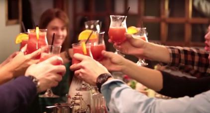 Apres Ski Drinks with Friends