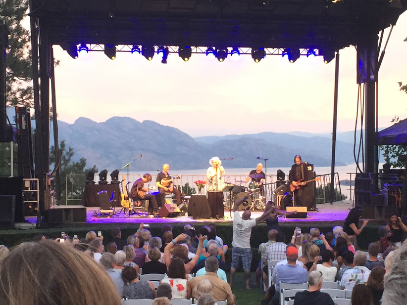Outdoor Concert at Mission Hill Winery