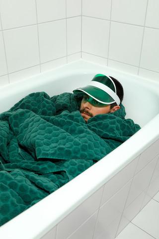 Das Badehandtuch einlassen