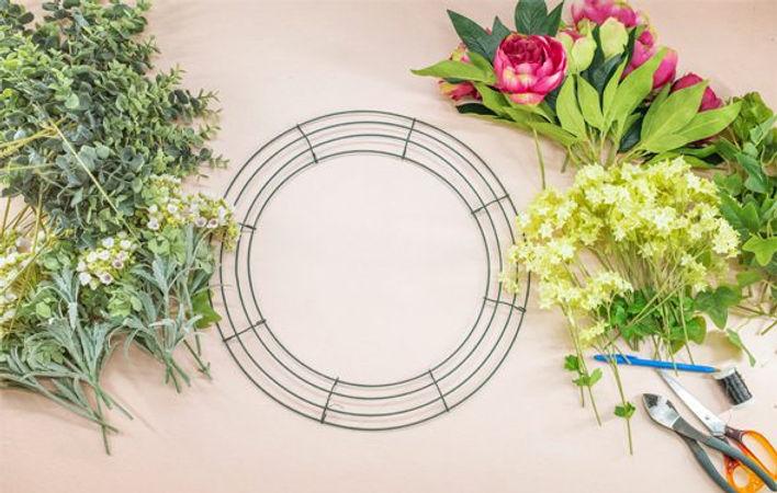 wire-wreath-frame.jpg