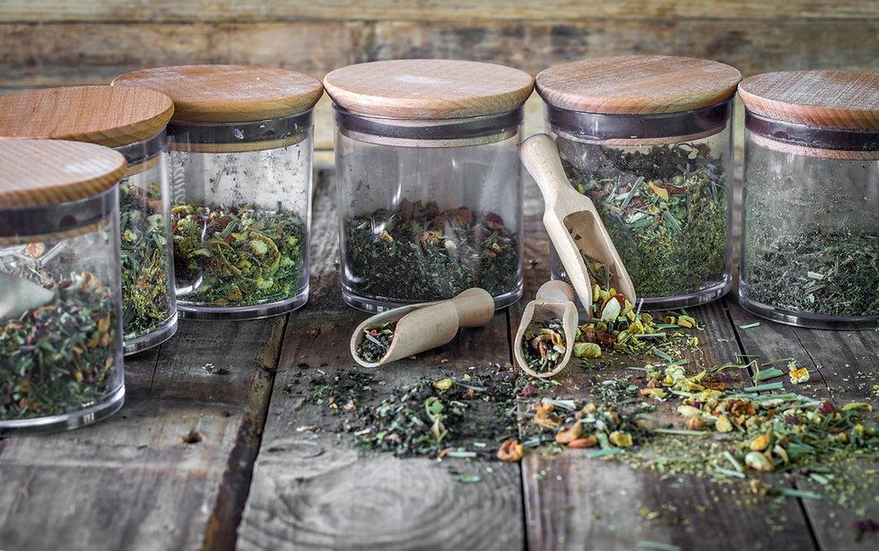 Loose tea in jars.jpg