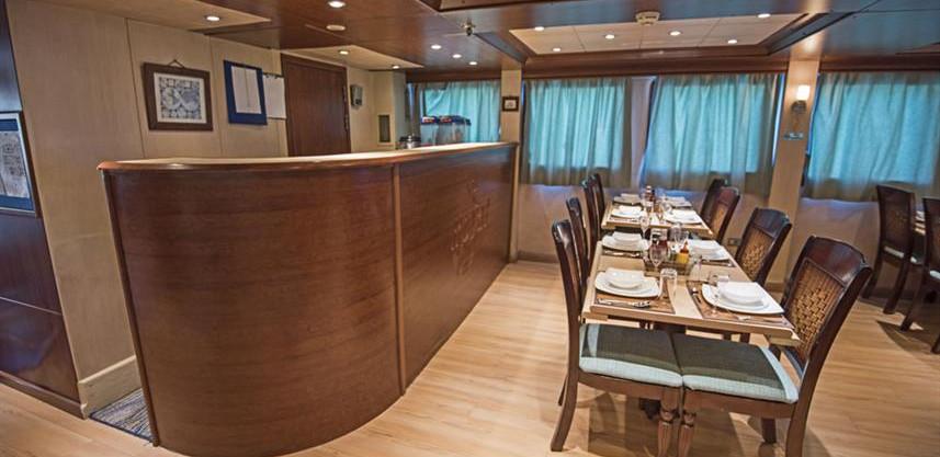 dining-area-3w857h570crwidth857crheight5
