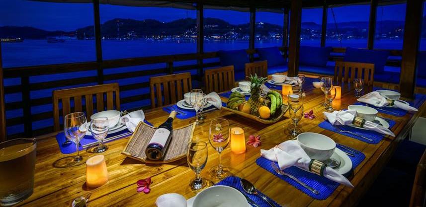 evening_diningw857h570crwidth857crheight