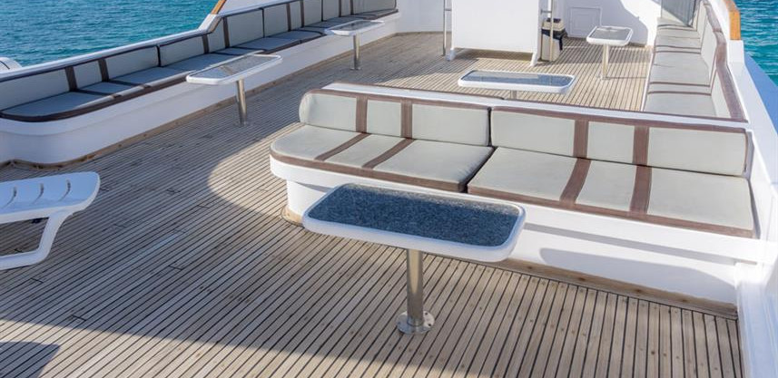 10felo-top-deck-300w857h570crwidth857crh