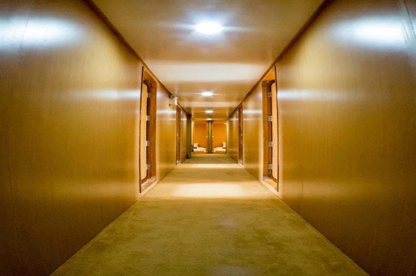 CommonCorridorw857h570crwidth857crheight