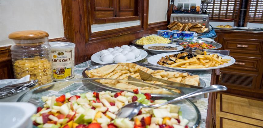 breakfast-buffet-1w857h570crwidth857crhe