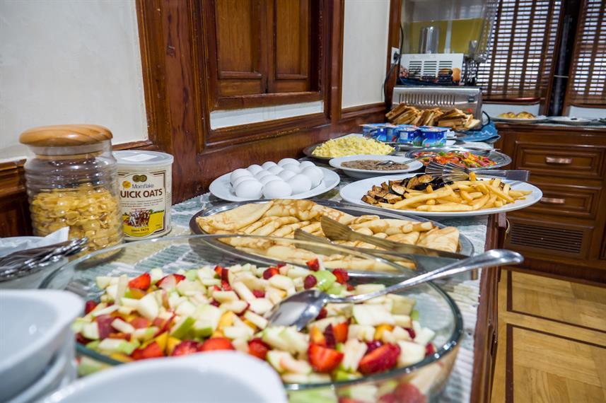 breakfast-buffet-1w857h570crwidth857crhe