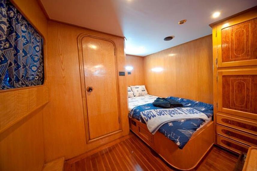 sea-serpent-cabin-004w857h570crwidth857c