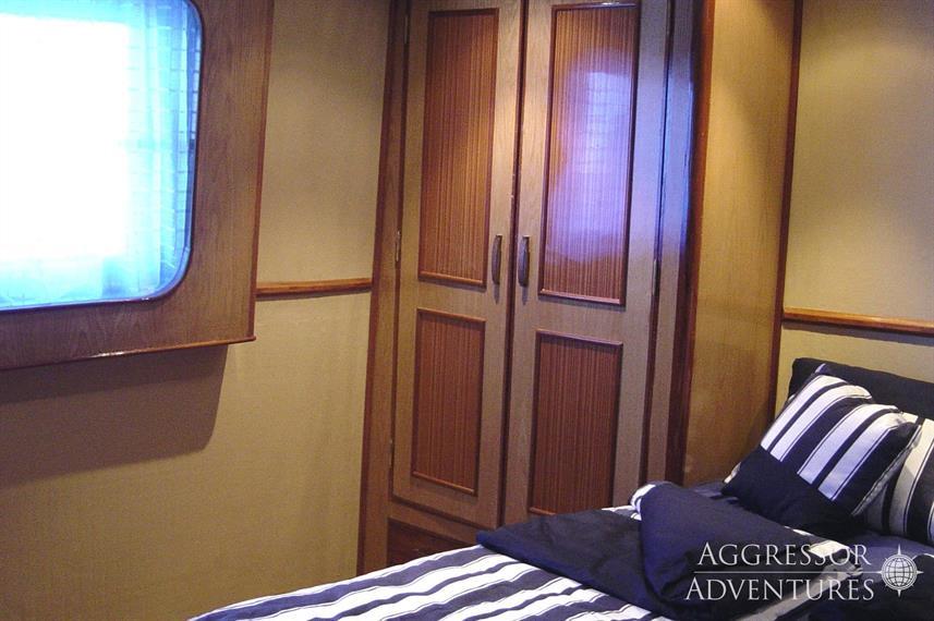 sa-yacht6w857h570crwidth857crheight570.j