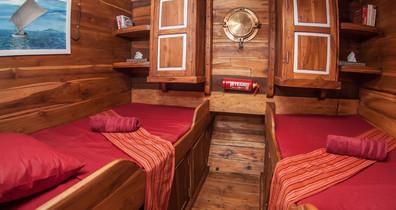 cabin-02w857h570crwidth857crheight570.jp