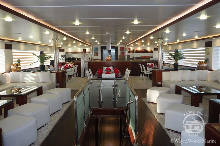 oman-yacht14w857h570crwidth857crheight57