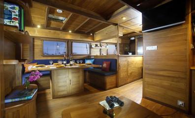 interior-loungew857h570crwidth857crheigh