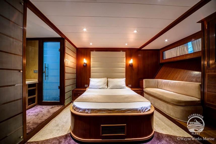 yacht-rsaii5w857h570crwidth857crheight57