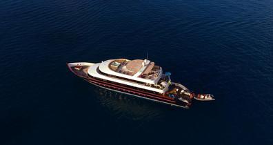 maldives-super-yacht-azalea-cruise-39w85