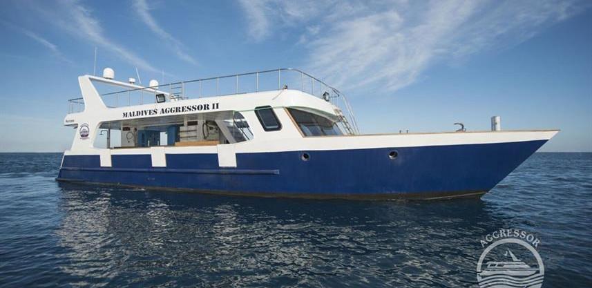 maldives-yacht20w857h570crwidth857crheig