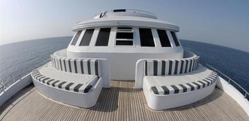 sa-yacht9w857h570crwidth857crheight570.j